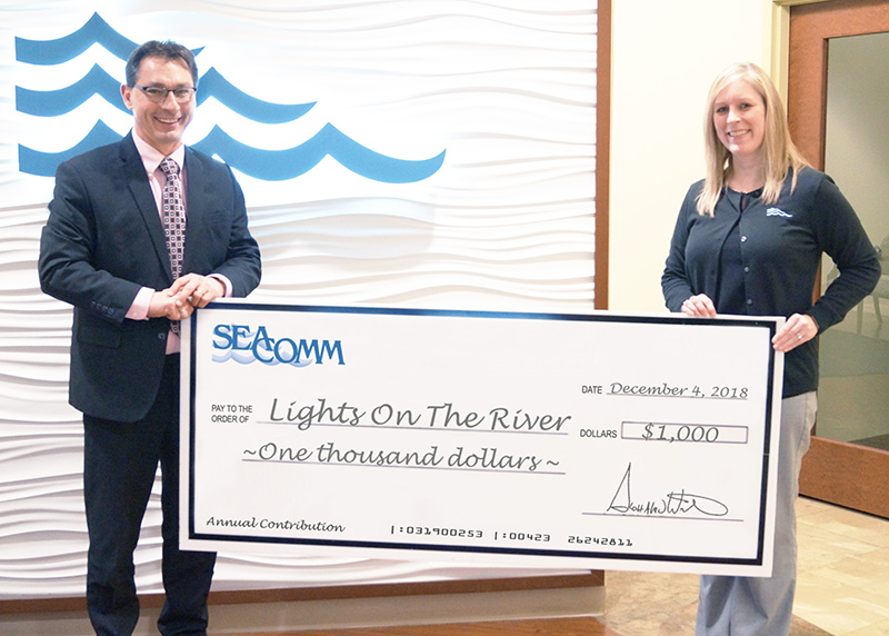 SeaComm Supports Lights on the River